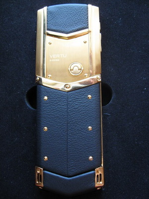 Фото: Продам vertu signature s design Gold